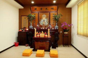 Không gian phòng thờ Phật thanh tịnh, trang nghiêm